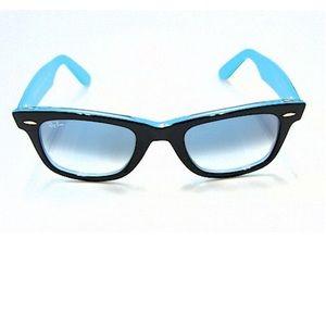 RAY-BAN Wayfarer sunglasses in black / turquoise